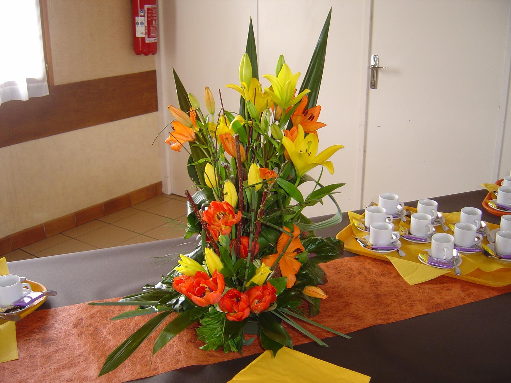 DANET TRAITEUR REPAS DES AINES - décor floral
