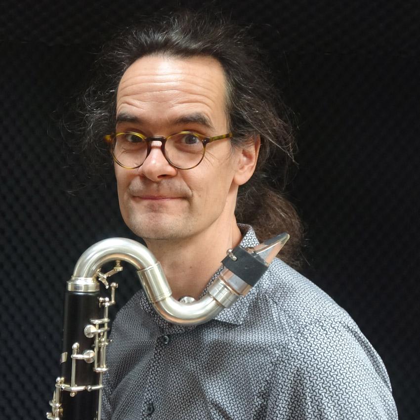 Bass Clarinet,Bassklarinette,Saxophone,Saxophon,Loops & Meditations,Rüdiger Scheipner,Jazz,Meditation,Weltmusik,Improsation,Worldmusic,Kirche,Kirchenmusik,Deutschland,Germany