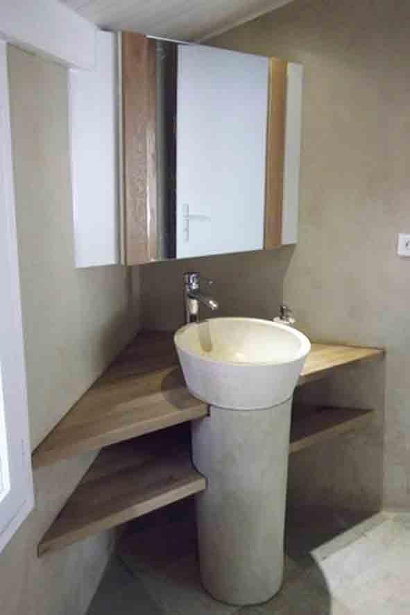 Vasque sur colonne