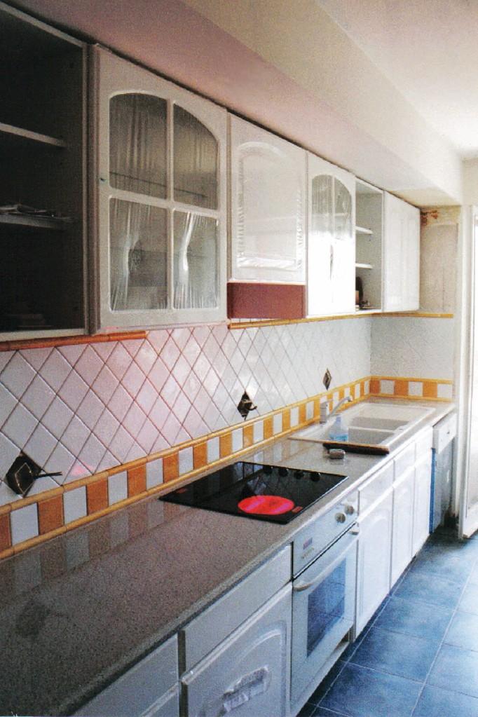 Agencement cuisine linéaire - Laqué blanc