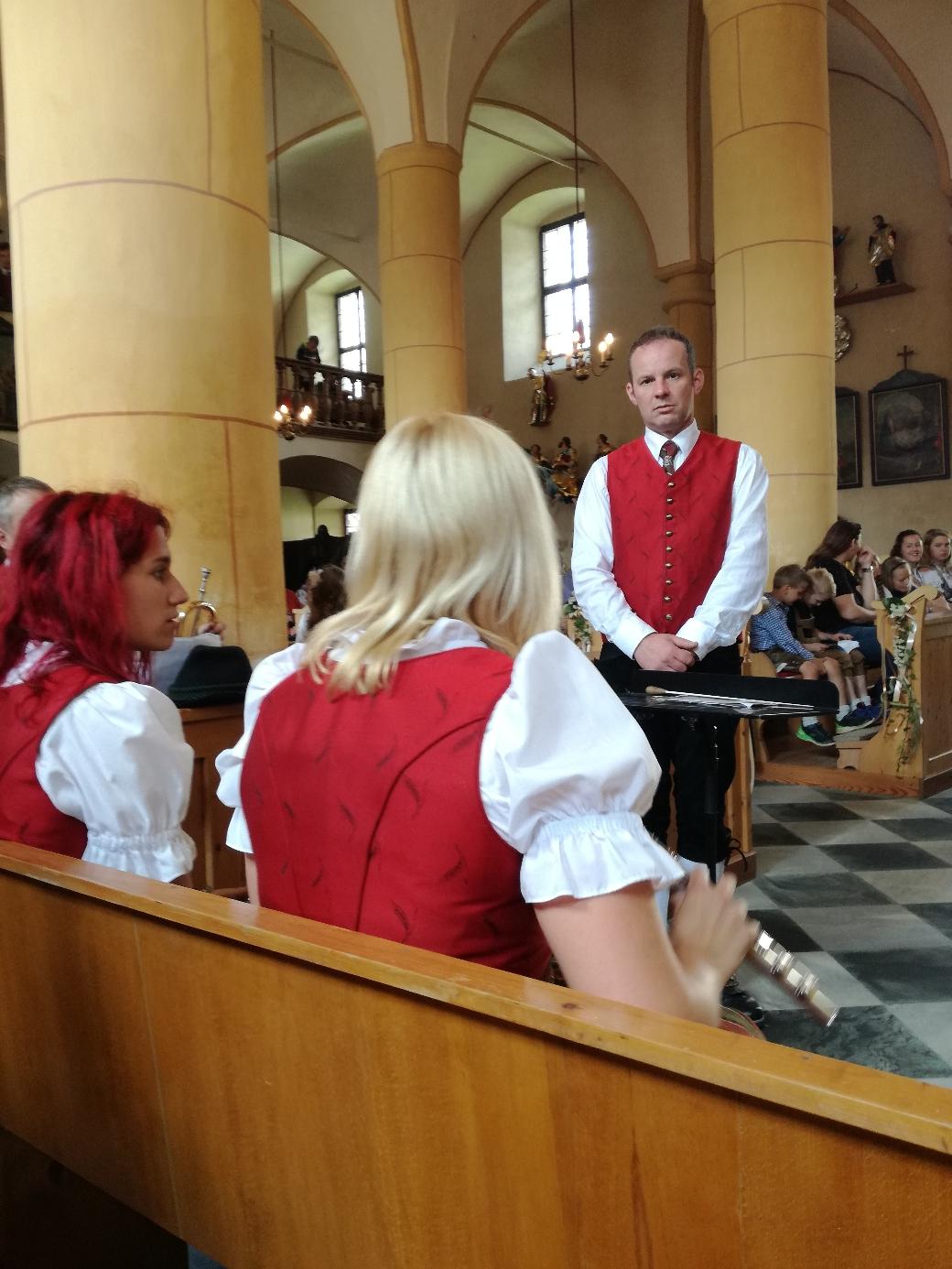Gottesdienst in der Pfarrkirche Sirnitz