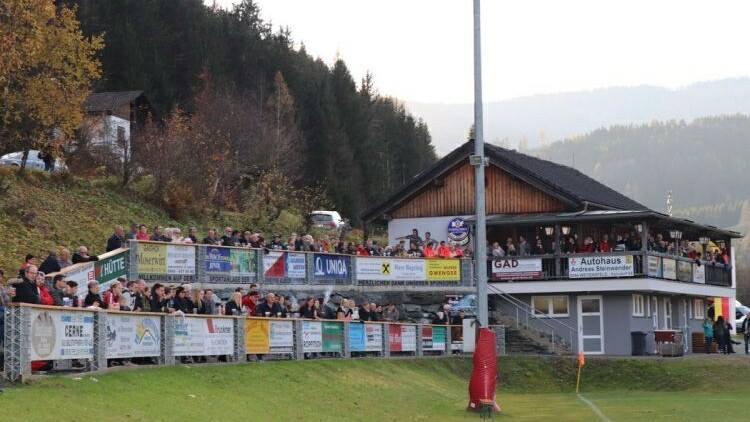 Einweihung des neu gestalteten Sportplatzes