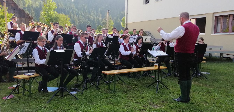 Darbietungen der Gastkapellen: Musikverein St. Peter am Kammersberg