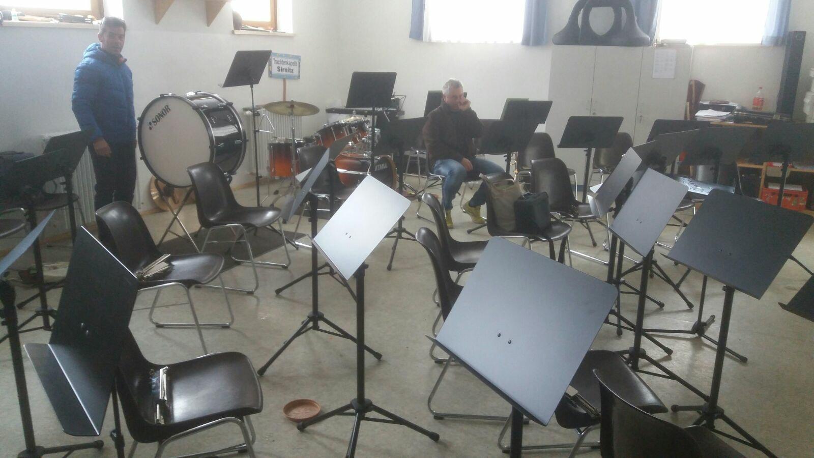 Ankauf neuer Konzertnotenständer