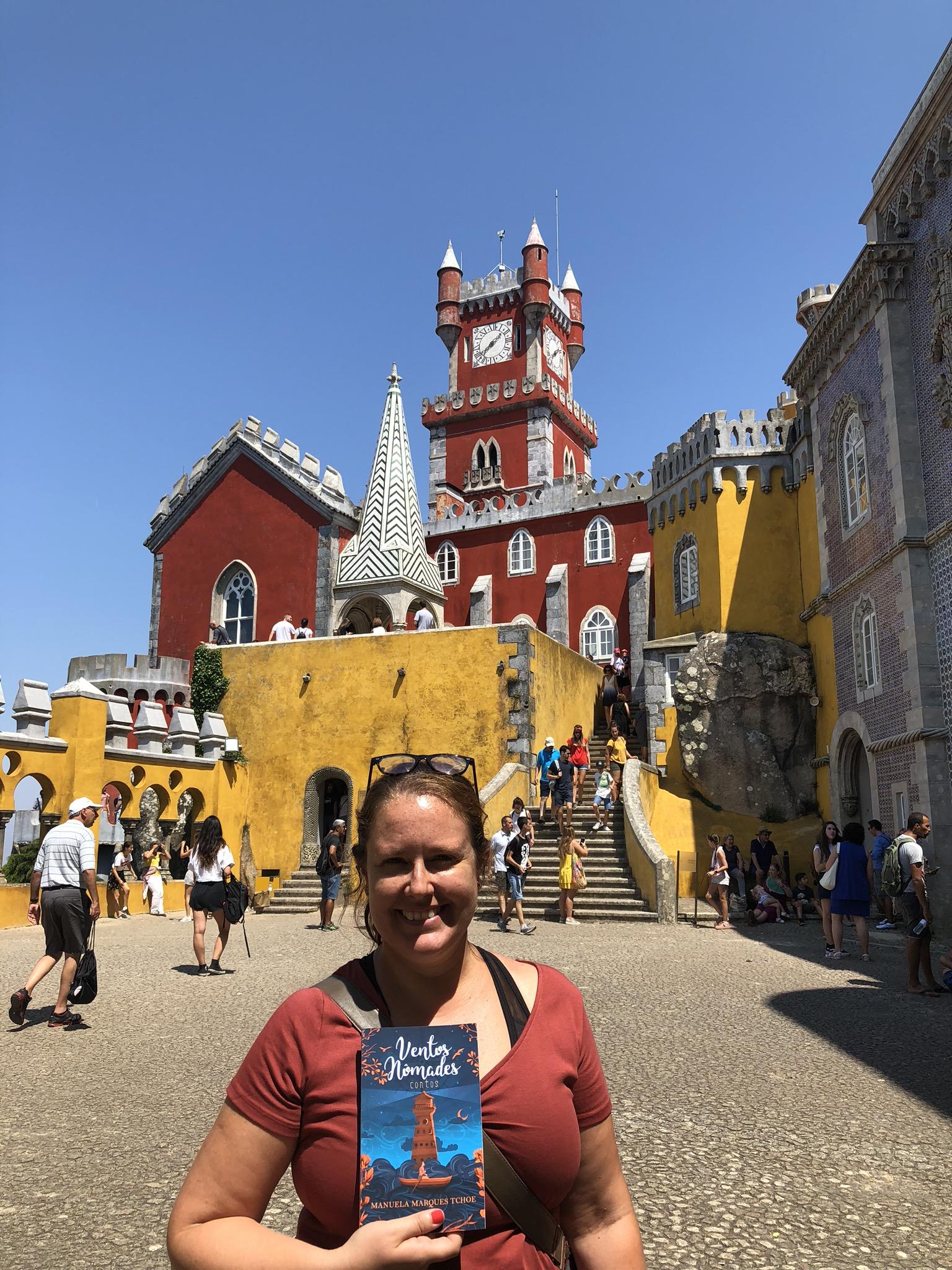 Num dos castelos mais lindos da humanidade: Palácio da Pena, Portugal. Foto by: Manuela Marques Tchoe
