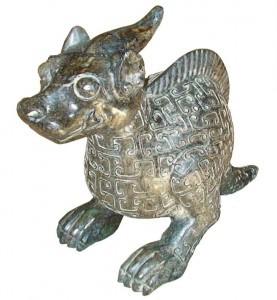 Saurolophus-Artefakt 1766-1122 v. Chr. - aus chinesischem Antiquitätenmarkt