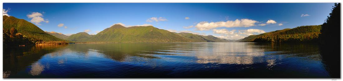 NZ0679.Nelson Lakes N.P.Lake Rotoroa