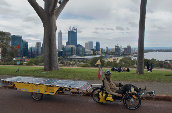 AU: Perth. Kings Park view to the City (Photo: Tom Hogarth)