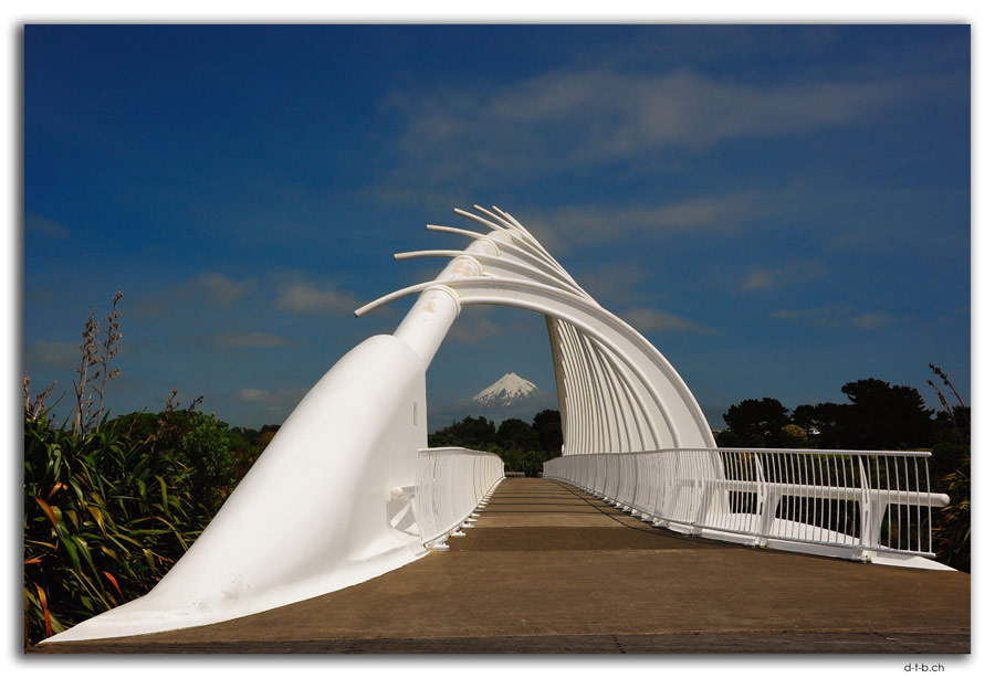 New Plymouth.Te Rewa Rewa Bridge + Mt.Taranaki