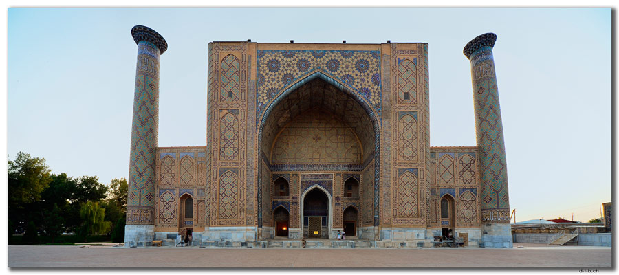 UZ0077.Samarkand.Registan.Ulugbek Medressa