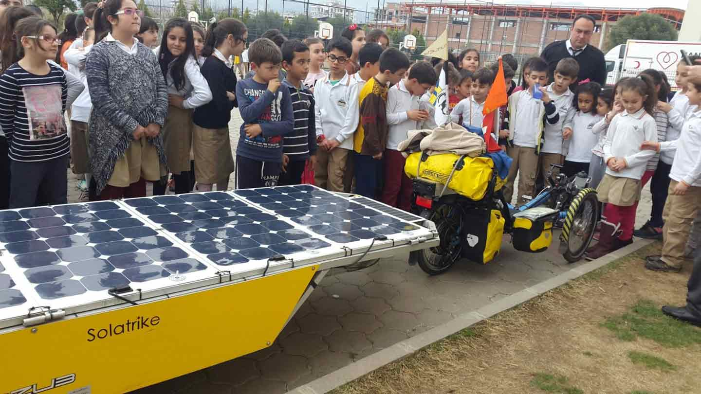 Solatrike II at School in Nazilli, Turkey (Photo: Bahri Kaplan)