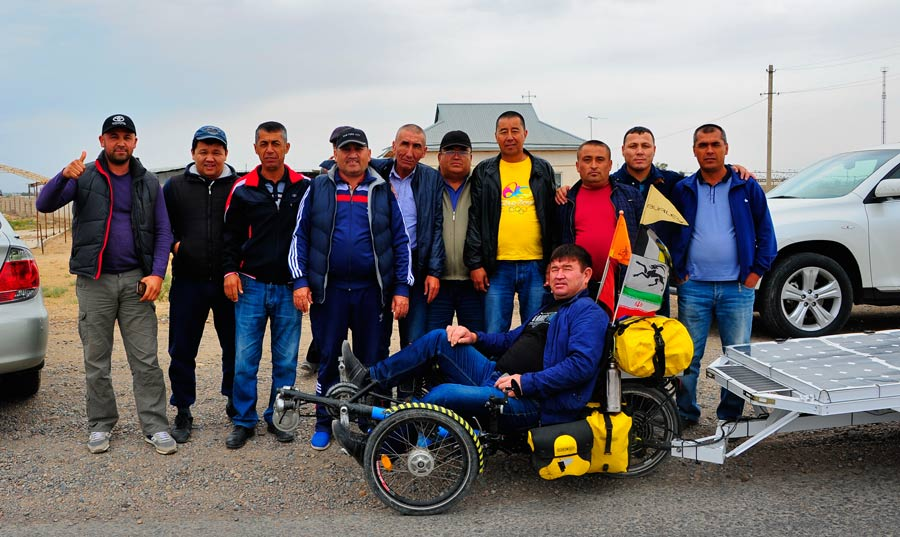 Solatrike mit kasachischer Gruppe