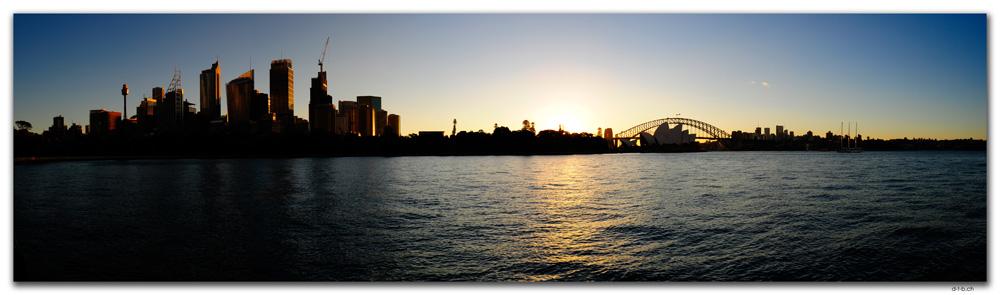 AU1631.Sydney.Opera House & Harbour Bridge