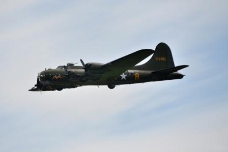 L089 B-17 Flying Fortress
