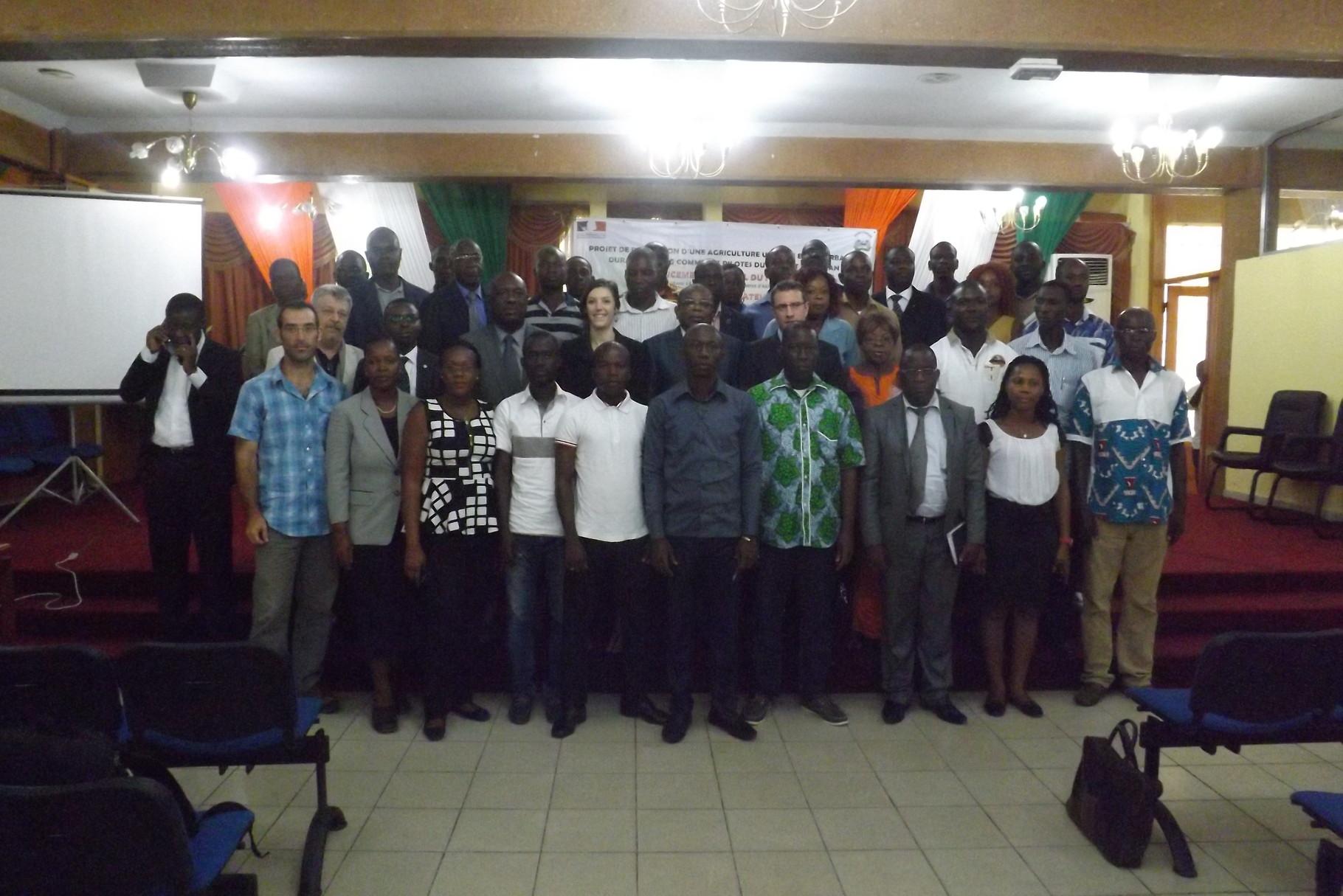 ceremonie d'ouverture de formation au district d'Abidjan