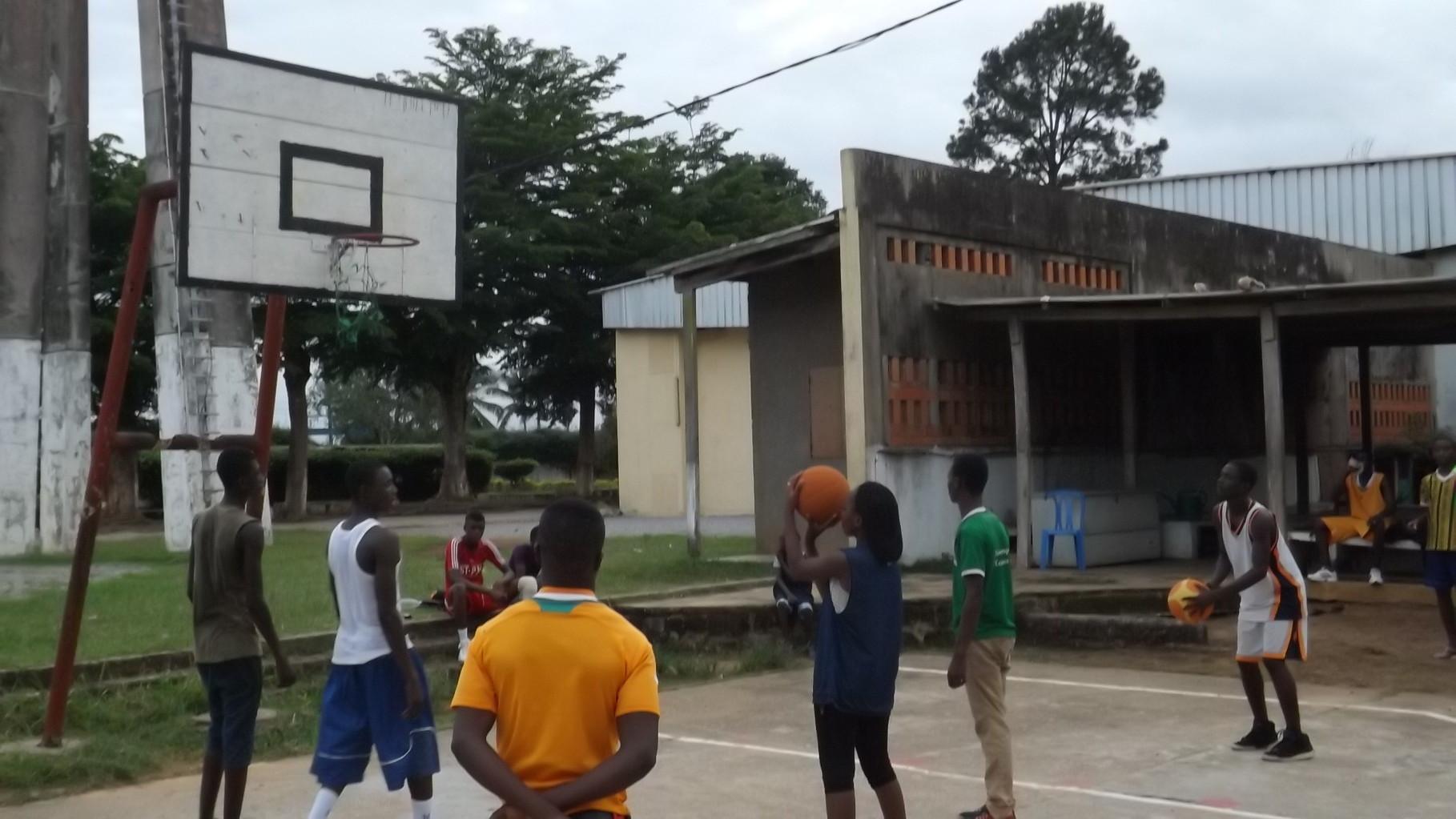 Terrain Basketball Tshanfeto