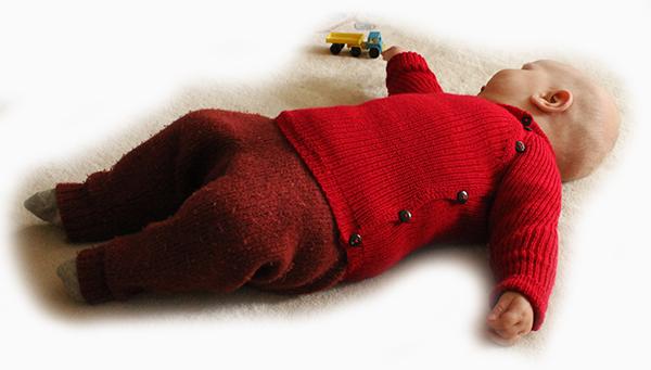 """verfilzte Hose + Babypullover > mehr Infos unter """"Werkstücke"""""""