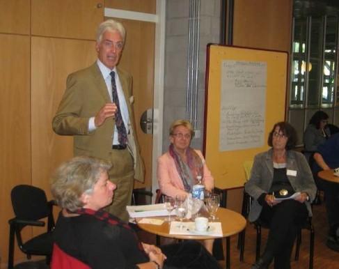 Workshop der Arbeitsgruppe zu Verantwortlicher Beschaffung, Fairem Handel und Unternehmen in der Entwicklungszusammenarbeit. Foto: Dr. D. Heidtmann