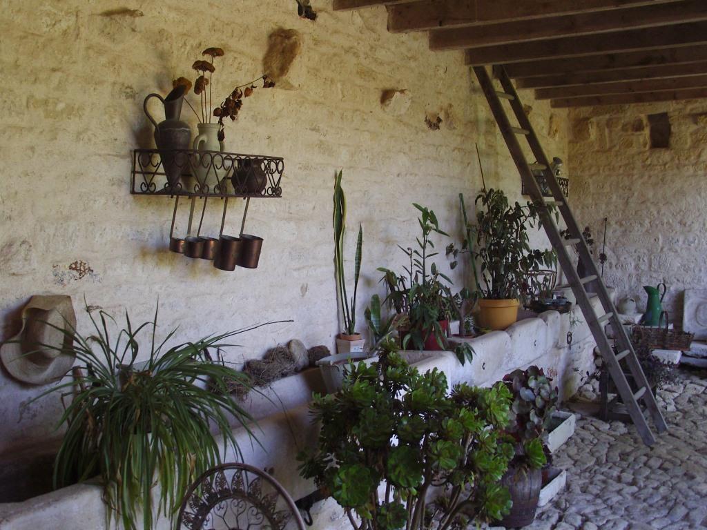 Maison d'hôtes Sainte Megrine Coulon la cour intérieure