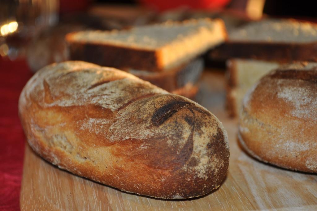 petits pains maison petit déjeuner bio chambres d'hôtes marais poitevin