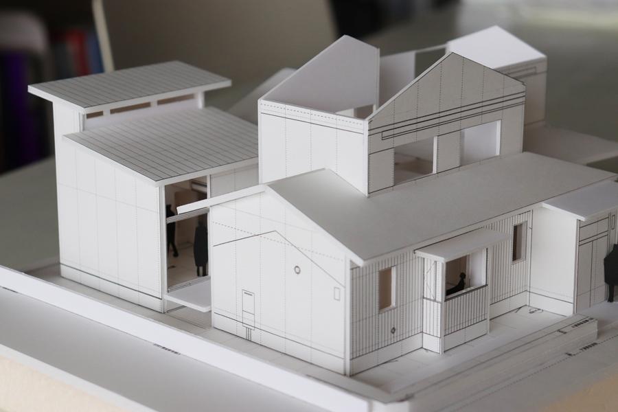 模型/光の箱/児島の越屋根