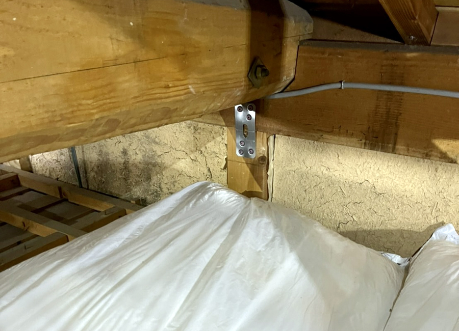 補強金物/断熱材敷込み/既存母屋