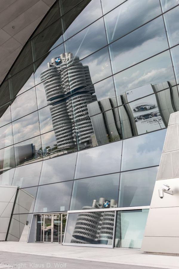 BMW Firmenzentrale, BMW Welt, Architekturfoto im Rahmen eines Firmenevents