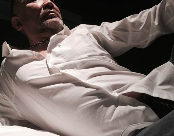 親父モデル 大阪ゲイマッサージ 男の隠れ家 リラクゼーションサロン 男性セラピストによる男性のお客様の為の『アロマオイルリラクゼーション』