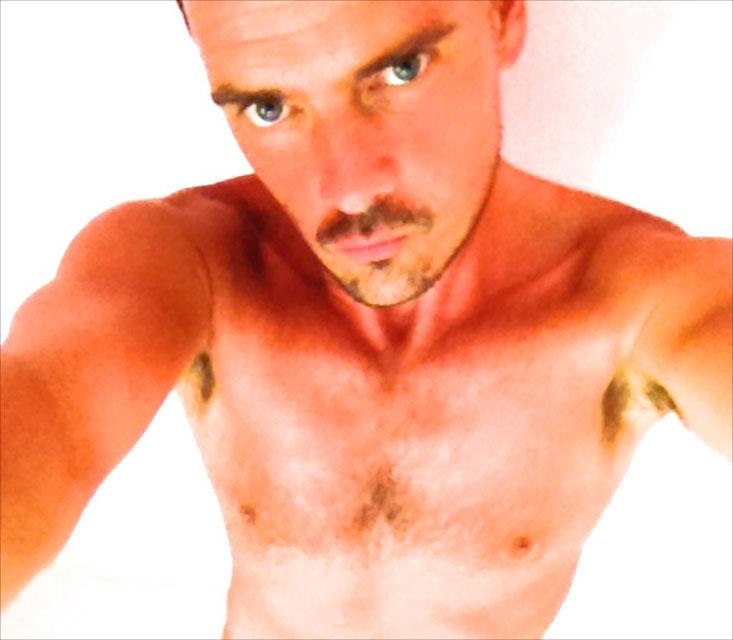 Massage gay, Paris 75018 ou à domicile, 06 42 27 36 80