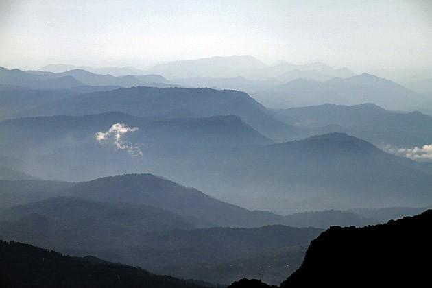 Wandern in den Knuckles Range Bergen