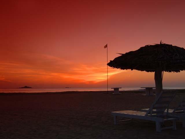 Sonnenuntergang am Nilaveli Beach