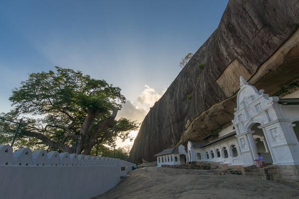 Eingang zum Höhlentempel