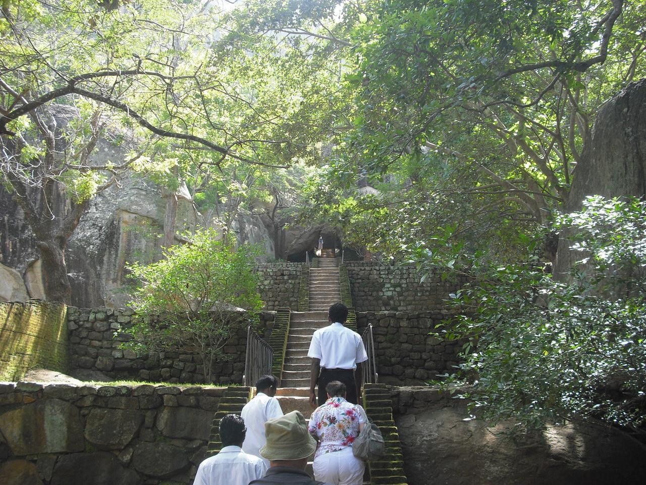 Die restaurierten Lustgärten unterhalb vom Felsen, Sigiriya