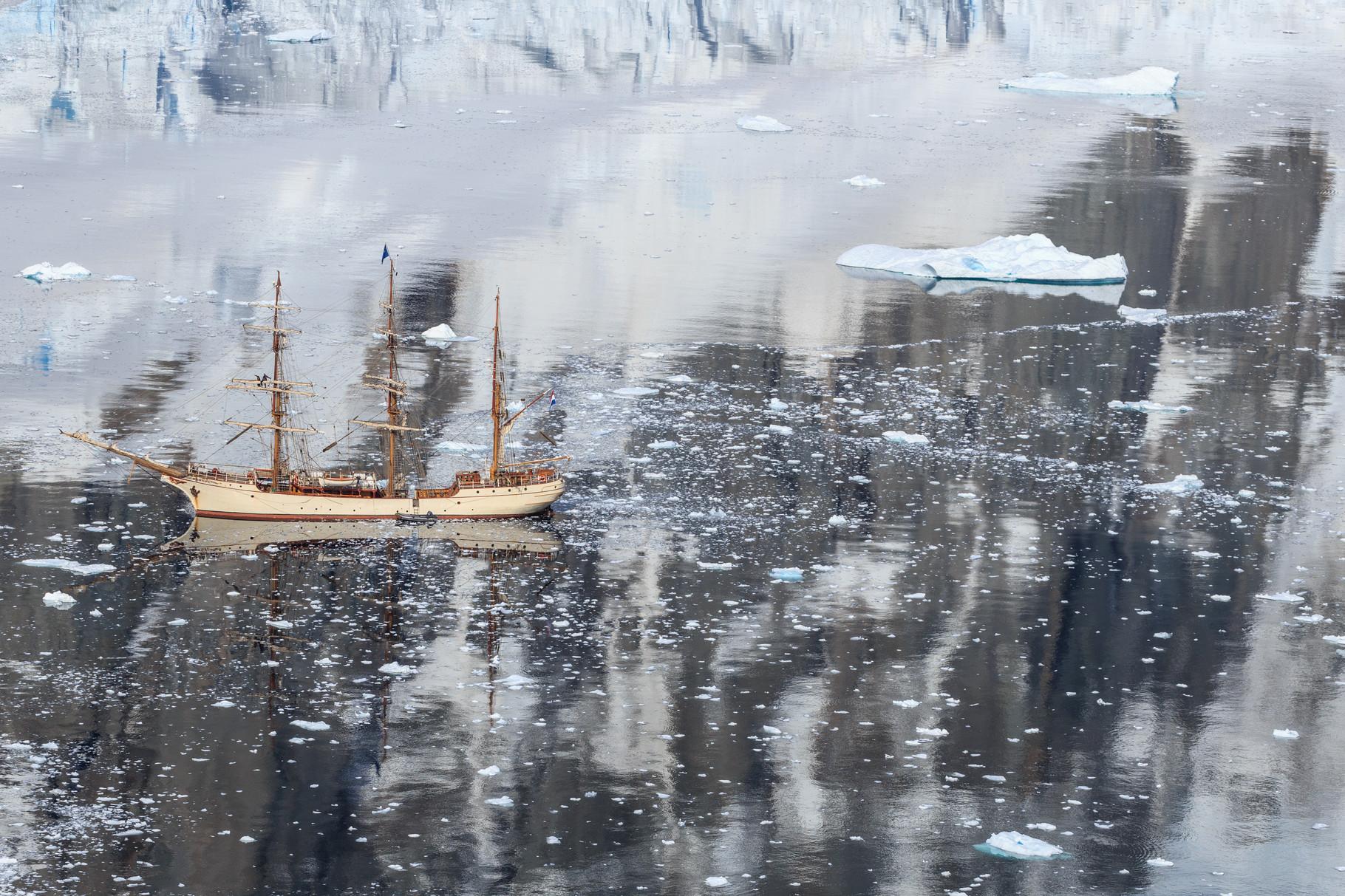 Segelreise mit der Bark Europa in die Antarktis: Orne Harbour