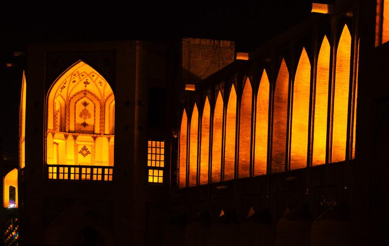 der iran ist auch bei nacht sehr schön, aber teilweise verdammt gefährlich