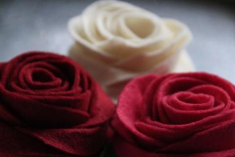 Filz Rosen / felt roses