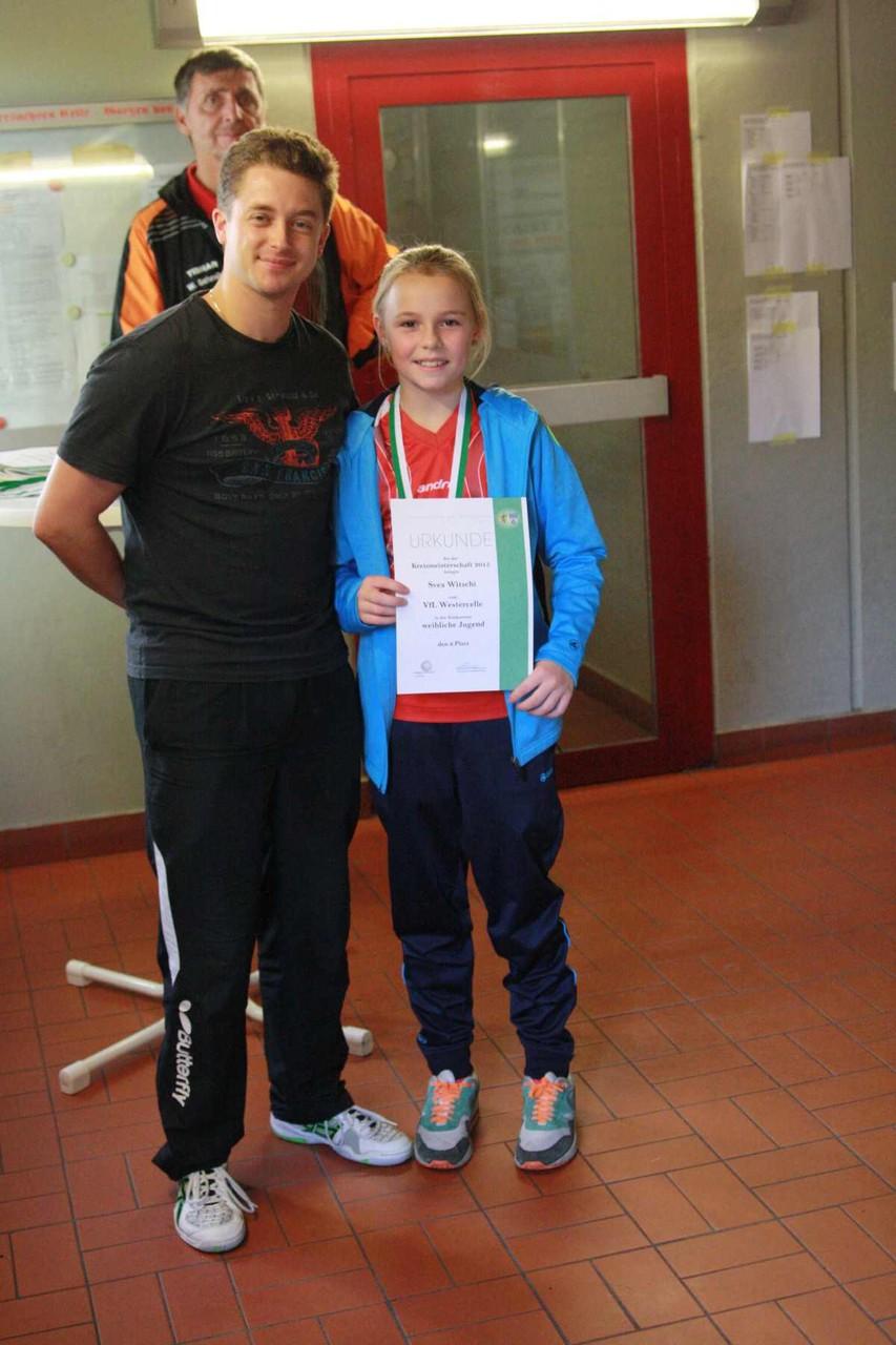 v.l. Lukas Brinkop, Svea Witschi (Siegerin A-Schülerinnen)