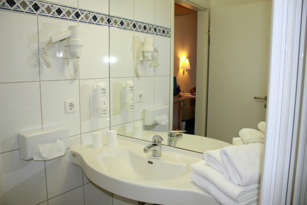 salle de bain en chambre double