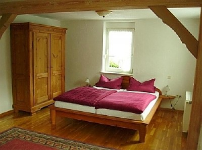 Erlenbach Ferienwohnungen - Webseite der Gemeinde Erlenbach bei Dahn