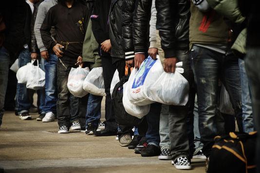 des-immigrants-clandestins-a-lampedusa