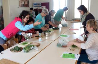Zubereitung der Kräutersuppe