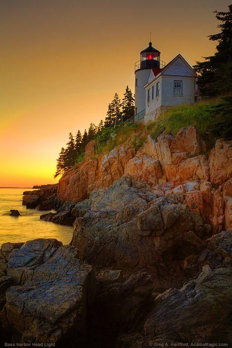 Far baix del port, el Parc Nacional Acadia, Maine.
