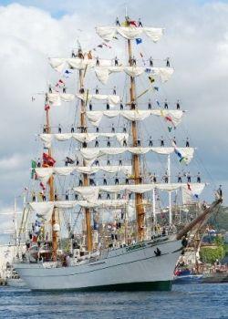 Ship Cuauhtémoc.