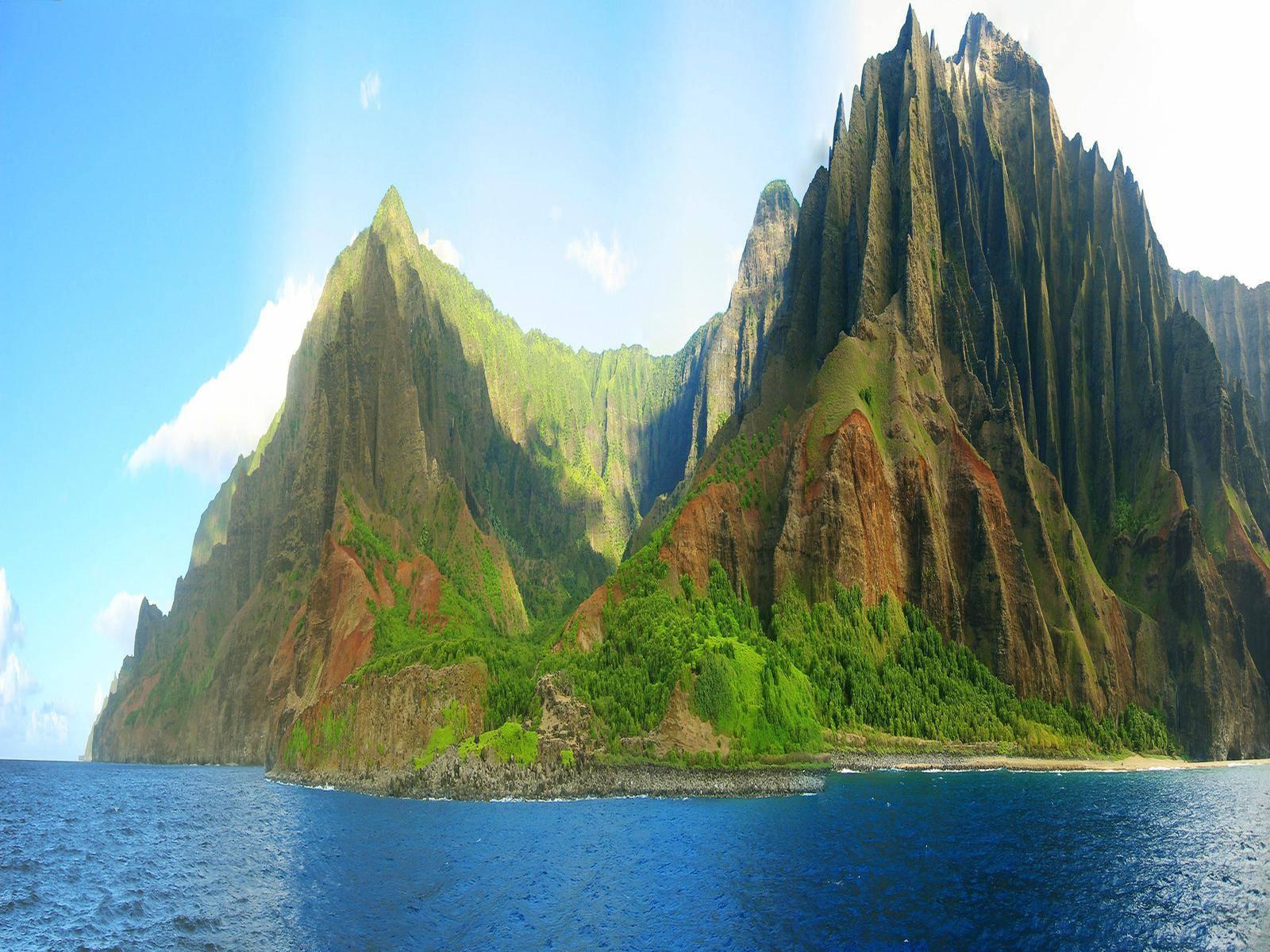 Cales i penya-segats de Napali a Kawai, Hawaii, EUA.