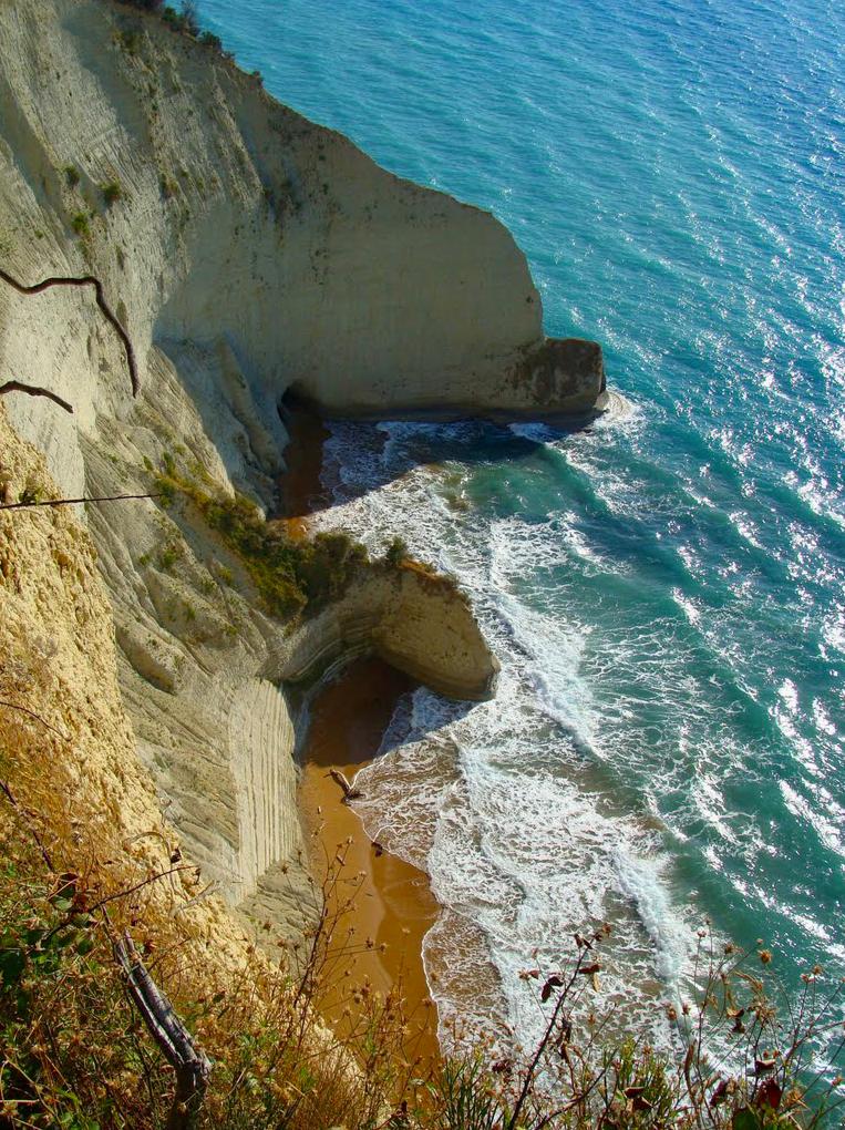 Cala a Esperii, Cap Drastis Perouládes Corfú, Grecia. Foto: S.Kouts.