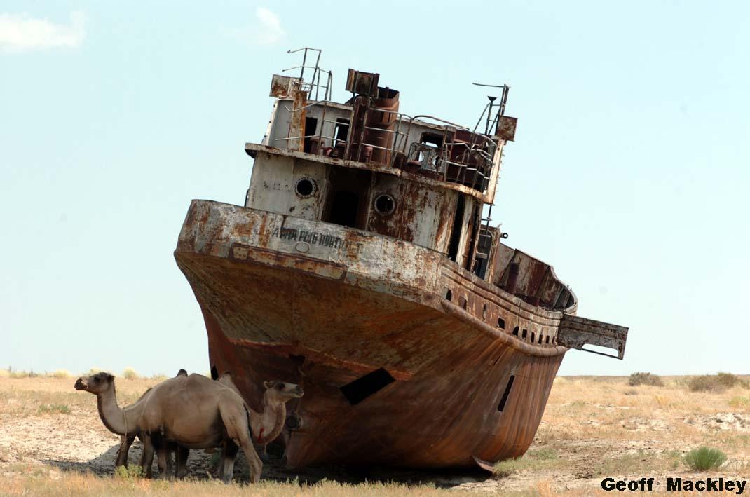 Al mar de Aral, Kazajistán.
