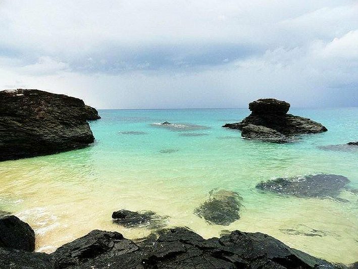 Cala a platja Banana, Santo Tome i Príncipe. Golf de Guienea.