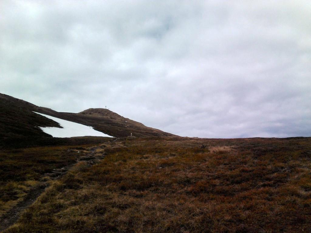 Nösslachjoch mit Schneefeldern - sau kalt - und das ende Mai