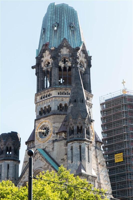 kaiser wilhelm gedächniskirche ohne puderdose und lippenstift - berlin