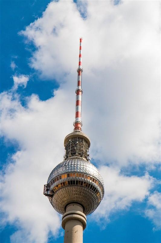 fernsehturm am alexanderrplatz - berlin